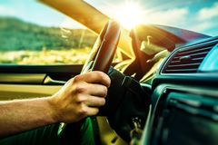 Tur för sommarTid bil royaltyfri bild