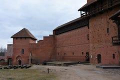 Turaidakasteel in Letland, mening van binnenbinnenplaats stock foto