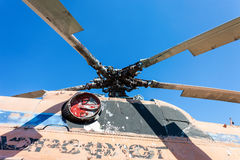 Turbin av den tunga transporthelikoptern Arkivfoto