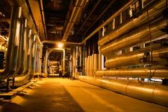 Turbina das tubulações, das câmaras de ar, da maquinaria e de vapor Fotos de Stock Royalty Free
