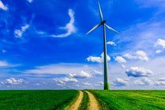 Turbina del molino de viento de la energía renovable Fotografía de archivo libre de regalías