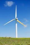 Turbina di vento, potenza verde, generatore di elettricità Fotografie Stock Libere da Diritti