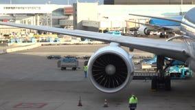 Turbina do avião As lâminas de giro estão movendo-se vídeos de arquivo
