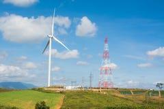 Turbina eólica e central elétrica em Tailândia Imagens de Stock Royalty Free
