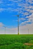 Turbina moderna do moinho de vento, energias eólicas, energia verde Imagens de Stock