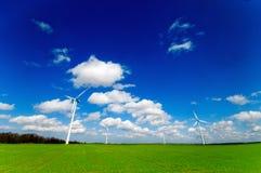turbina śródpolny zielony wiatr Obrazy Royalty Free