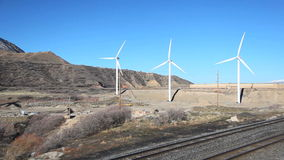 Turbinas das energias eólicas vídeos de arquivo