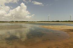 Turbinas de Aeolic en la playa de Guamare Imagen de archivo libre de regalías