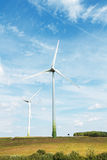 Turbinas de vento que geram a eletricidade Foto de Stock