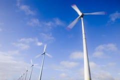 Turbinas de ventos grandes Fotografia de Stock Royalty Free
