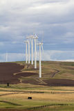 Turbinas de viento en Goldendale Washington Farmland Imagenes de archivo