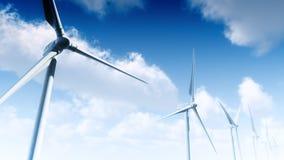 Turbinas eólicas com céu (laço) video estoque