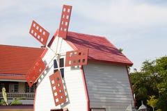 Turbinas eólicas da decoração da casa Fotos de Stock
