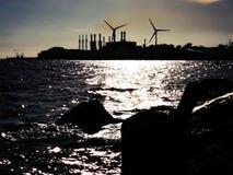 Turbinas eólicas industriais imagens de stock