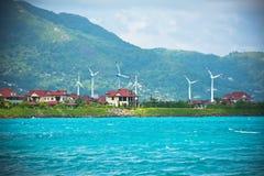 Turbinas eólicas perto da cidade de Victoria, Seychelles Fotografia de Stock Royalty Free