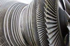 Turbine à vapeur de centrale nucléaire à la lumière du soleil Photographie stock