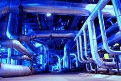 Turbine à vapeur de pipes, de tubes, de machines et  Photographie stock