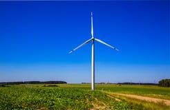 Turbine de vent, production d'électricité Photo libre de droits