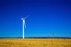 Turbine de vent, production d'électricité Photos libres de droits