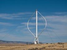 Turbine de vent sur le flanc de coteau Images libres de droits