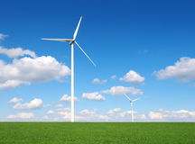 Turbine di vento, campo giallo Fotografie Stock Libere da Diritti