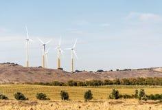 Turbine di vento nei campi Fotografia Stock Libera da Diritti