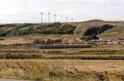 Turbine di vento nei campi Immagine Stock Libera da Diritti