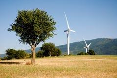Turbine eoliche, in sud Italia Stock Photos
