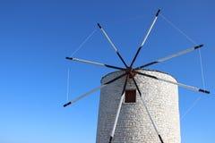 Turbine mit Sunny And Blue Sky stockfoto
