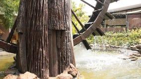 Turbines de l'eau pour l'usage dans l'agriculture banque de vidéos