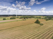 Turbines de vent dans Suwalki poland Vue de ci-avant Jeunes adultes Photos libres de droits