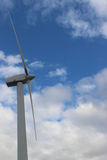 Turbines de vent, zone jaune Image stock