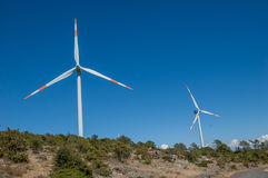 Turbines de vent, zone jaune Photo stock