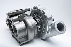 turboladdarekompressor av bilmotorn royaltyfri bild