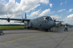Turboprop στρατιωτικά αεροσκάφη Lockheed Martin γ-130J έξοχο Hercules μεταφορών Στοκ Εικόνα