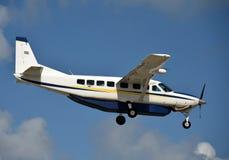 Turboprop airplane landing Royalty Free Stock Photography