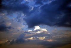 Turbulente Himmel Stockfoto