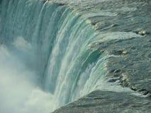 Turbulenter Wasserfall Stockbilder