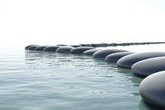 Turbulentes Wasser des Zen Lizenzfreie Stockbilder