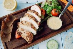 Turcja polędwicowy z serowym kumberlandem i warzywami Zdjęcie Stock