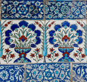 Turco hecho a mano antiguo - tejas del otomano Foto de archivo