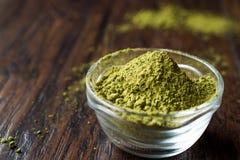 Turco Kina Henna Powder ou chá de Matcha fotografia de stock