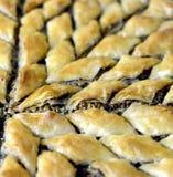 Turco Ramadan Dessert Baklava com nozes fotografia de stock royalty free