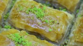 Turco Ramadan Dessert Baklava, tiro de giro vídeos de arquivo
