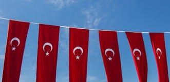 Turecka flaga państowowa w widoku Obrazy Royalty Free