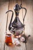 Turecka herbata z orientalnymi cukierkami Fotografia Royalty Free