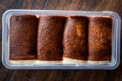 Turecki Tradycyjny Pustynny Kazandibi, mleka pudding/ Zdjęcie Stock