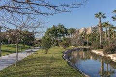 Turia River arbeta i trädgården Jardin del, fritid och sportområde, Valencia, Spanien Royaltyfria Bilder