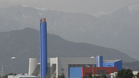 Turijn, Gerbido, Piemonte Italië 27 Mei 2018 De afval-aan-energie installatie van de bedrijf trm-IREN GROEP stock footage