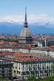 Turijn - Mol Antonelliana - mening van stad en Alpen stock afbeelding